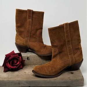 Woman' Steve Madden Swede Boots Western Style 8